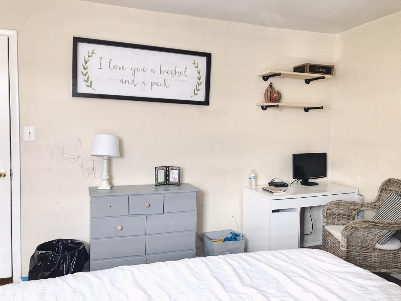 Minimalist Bedroom, shared nursery, and office